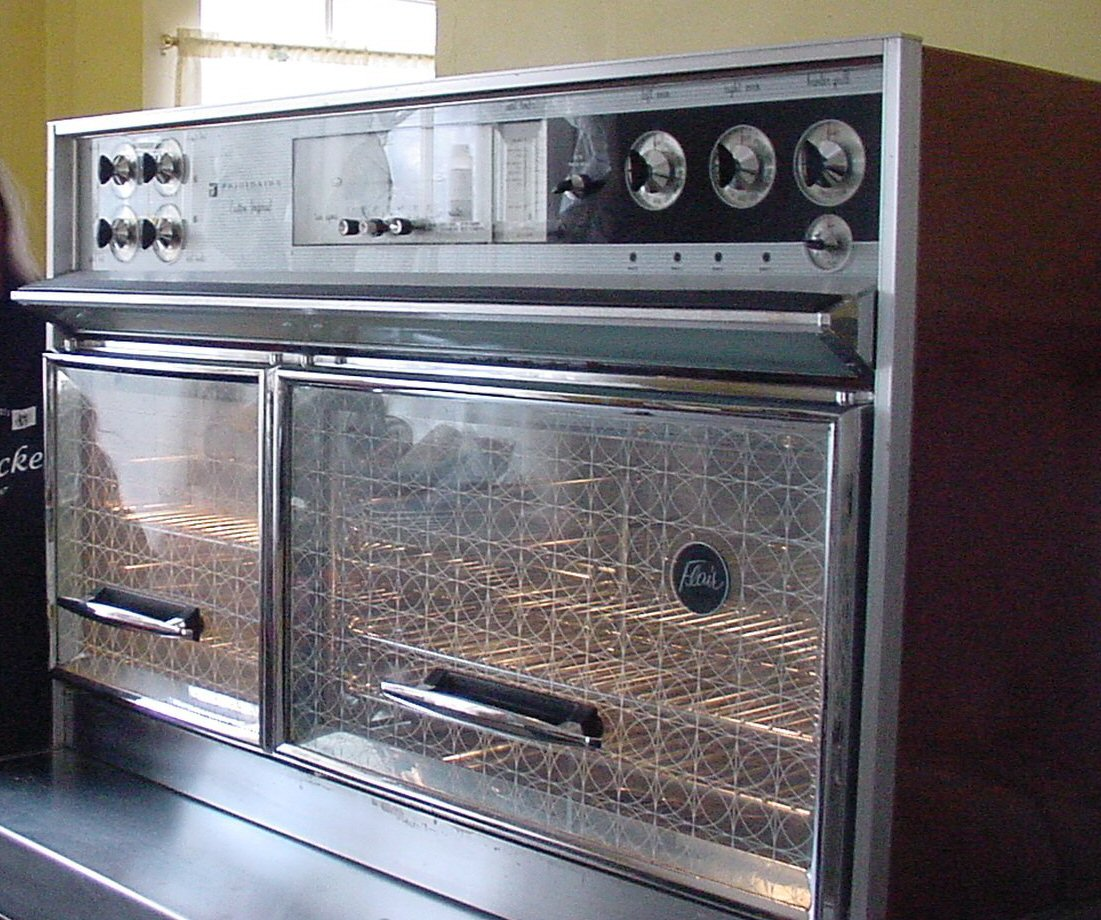 frigidaire gas stove fggf3054mf The frigidaire gallery gas range fggf3058rb is a 30-inch, 5-burner range and convection oven from frigidaire's gallery series this gas range comes with a self-cleaning feature which will be a relief for anyone who knows the pains of spraying oven cleaner and using elbow grease to clean an oven.